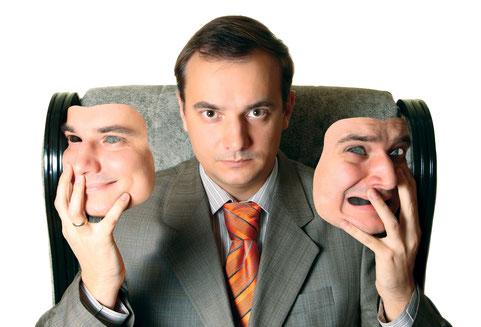 Kombinierte Persönlichkeitsstörungen: Naiv-aggressive Persönlichkeitsstörung und Wohlstands-Psychopathen