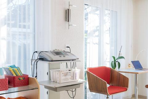 Elektrotherapie Schmerzlinderung Lockerung Muskelaktivierung PhysioPlus Delgrosso Widnau Au Heerbrugg Balgach Berneck Diepoldsau Rebstein Rheintal