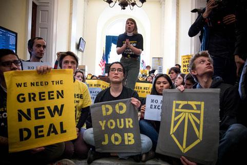 Green New Deal                    Quelle: Shutterstock
