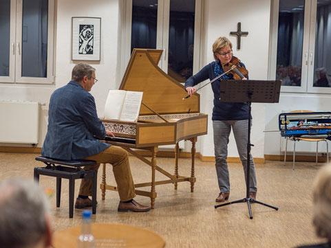 Gelungene musikalische Vorstellung des neuen Cembalos mit Silke Link  und Thomas Schmidt (Foto: Rainer Fritzen)