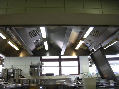 Reinigung dunstabzugshaube gastronomie vorschrift sfb rothenburg
