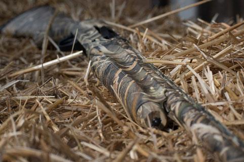 Die richtige Waffe ( Selbstladeflinte, Bockflinte, Repetierflinte) für die Krähenjagd.