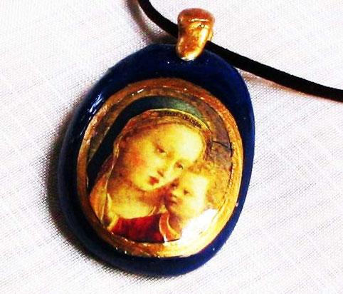 AS 18 - Médaillon Vierge à l'enfant