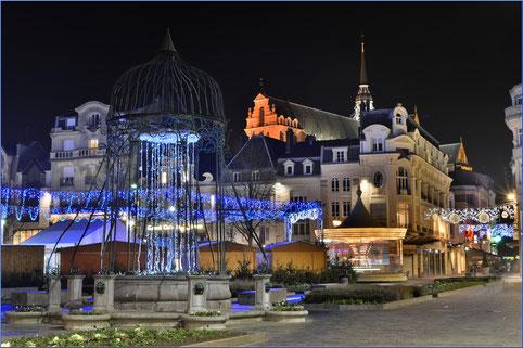 saint quentin city ville noel village light lumiere place night