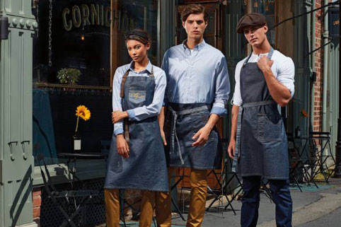 Denimschürzen, Jeansschürzen, diverse Farben, Taschen, Steiermark. Wir besticken fast alles an Textilien. Vereinsbedarf. Besticken lassen vom Profi. Arbeitskleidung, Arbeitsbekleidung, Berufsbekleidung, Berufskleidung, Workwear