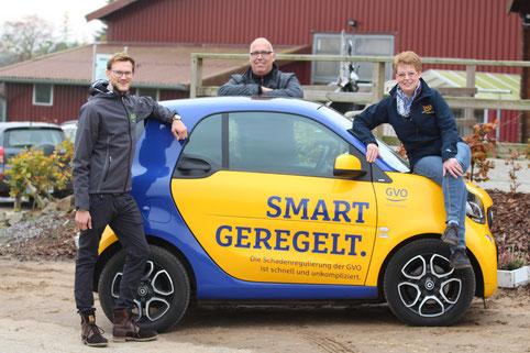 Freuen sich über die neue Zusammenarbeit (v.l.n.r.): Dominik Braun (Öffentlichkeitsarbeit RVO), Eckard Tödtmann (1. Vorsitzender RVO) und Gudrun Blöbaum-Unverferth (GVO - Versicherung).