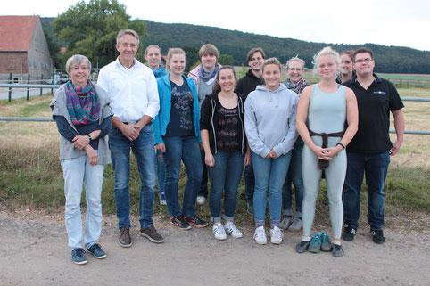 Eine wahrhaft heiße Jugendfahrt war das: Spitzensport, Spannung und Sommerhitze. 38 Kinder und Jugendlichen besuchten die DMV in Verden