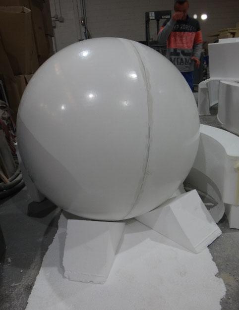 fiberglass sphere 110 cm diameter, Glassfasser Kugel 110 cm Durchmesser