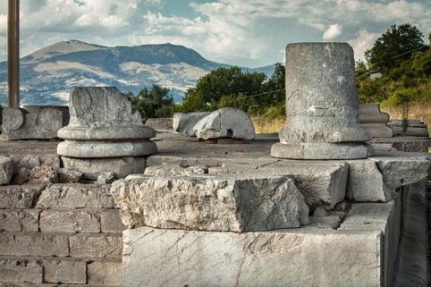 Schiavi d'Abruzzo. Templi Italici, tempio maggiore