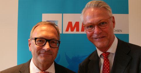 Peter Luths (r.) begrüßte als besonderen Gast der MIT Lüneburg den Leiter der Konzernrevision der Talanx-Gruppe, Andreas Braun (Foto: MIT/Max Manzke)