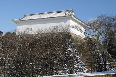 H,25,1,28,  9:30 頃   「雪晴れの多門櫓」