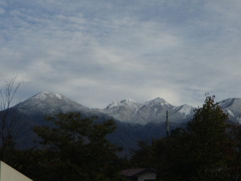 今朝(2020/10/19)の八ヶ岳の雪景色の様子