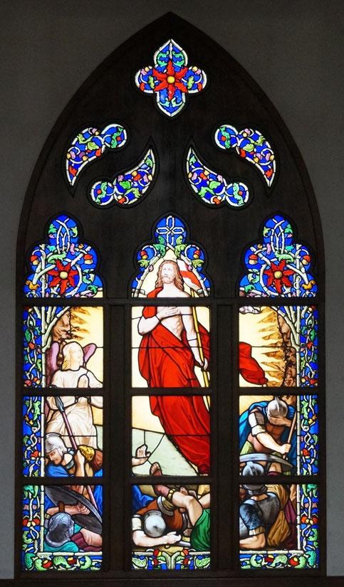 鹿児島復活教会のステンドグラス