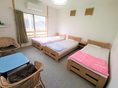洋室3人部屋(ベッド)