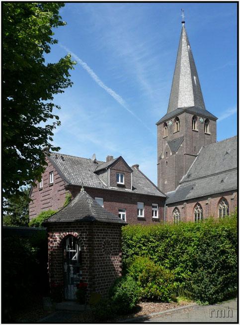 St. Nikolaus & presbytery