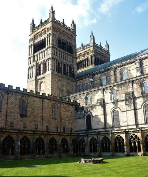 Fotoparade - die schönsten Fotos von Reisezielen in Europa - Durham Cathedral im Vereinigten Königreich