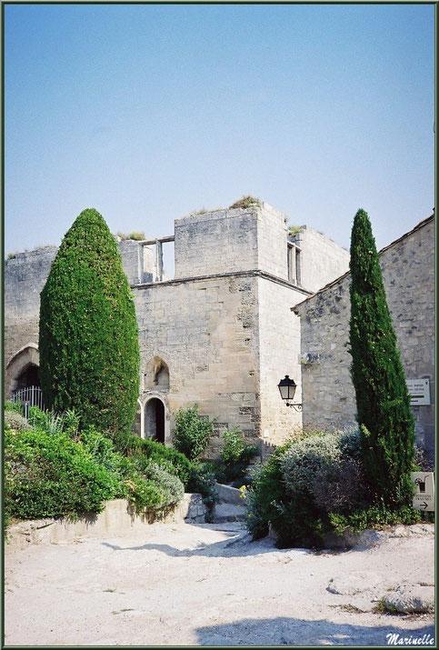 Maison de la Tour de Brau (à côté chapelle Saint-Blaise), Château des Baux-de-Provence, Alpilles (13)