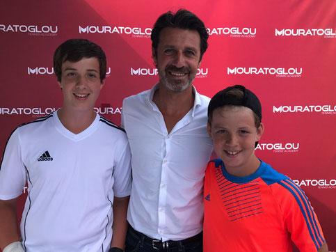 Tom und Philipp zu Gast in der Tennisakademie von  Patrick Mouratoglou (u.a. Trainer von Serena Williams) in Frankreich