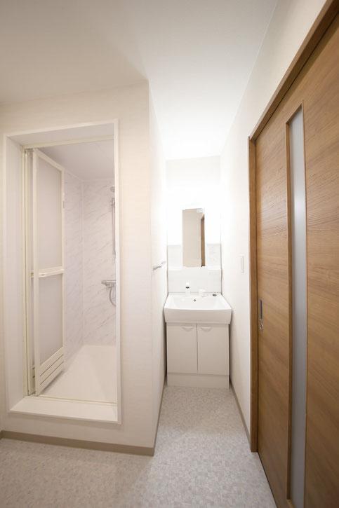 M様邸2F洗面とシャワールーム
