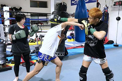 ▲ストラッグル所属プロ選手 大﨑草志のテクニッククラス