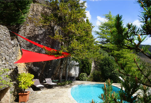 gite-exception-piscine-privee-location-vacances-à-2-aveyron-le-colombier-saint-veran-vert-paradis-sous-roche-tourisme-occitanie-sud-france