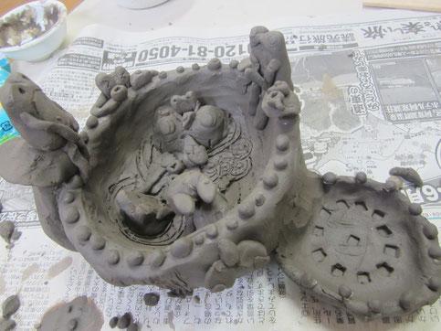 信楽陶土で楽しい器
