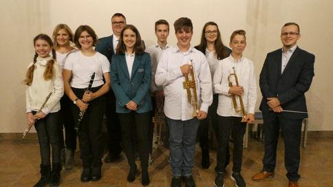 2018 - Jugendorchester mit Dirigent Heiko Hager beim Konzert in St. Josef am 01. November