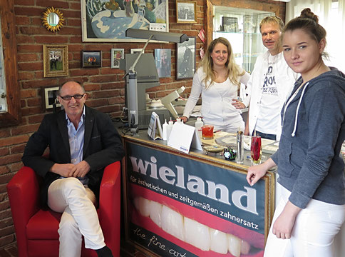 Dental-Atelier Wieland Teamfoto