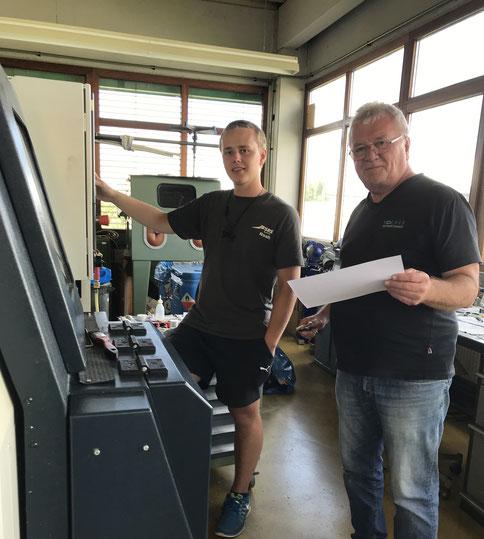 Firmeninhaber Wolfgang Kocher (rechts) gemeinsam mit einem unserer Mitarbeiter.