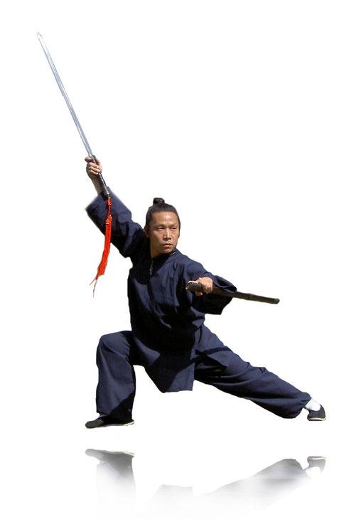 Wudang Kungfu - Meister Xiao Peng mit Schwert