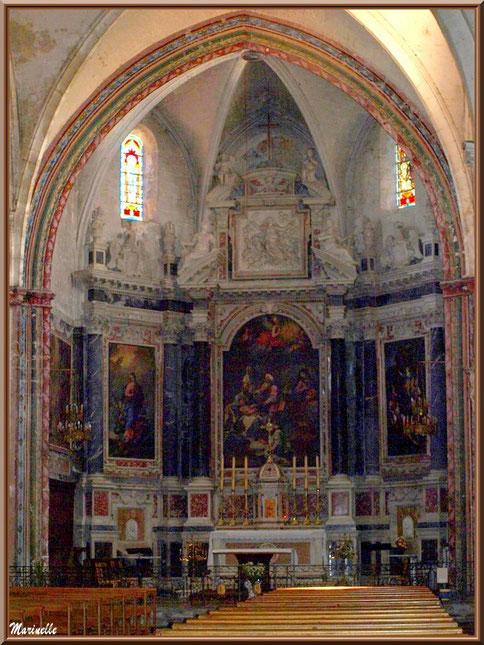 Eglise Notre Dame de Beaulieu, village de Cucuron, Lubéron (84) : autel de la nef principale