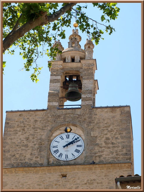 Beffroi et horloge publique, village de Cucuron, Lubéron (84)