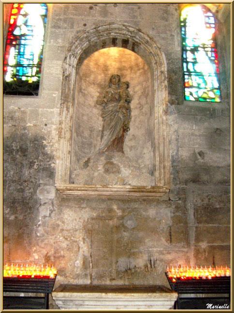 Autel de la Vierge, église Saint-Vincent, Les Baux-de-Provence, Alpilles (13)