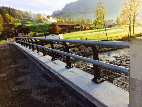 Montage Brückengeländer Schangnau