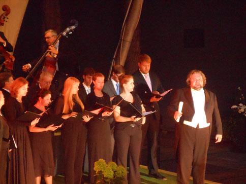 Festspielchor während der Eutiner Festspiele