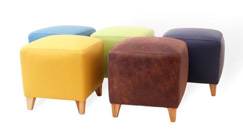 moderne sitzhocker aus leder in vielen farben