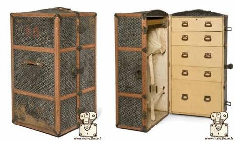 wardrobe goyard trunk vers 1910 goyardine