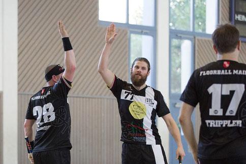 Floorball Mainz besiegt sich in hochdramatischem Spiel gegen Florball Butzbach selbst