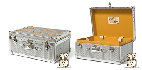 Palace 55 Goyard suitcase trunk 2010 silver