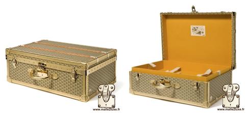 Palace suitcase 70 Goyard 2010 gold