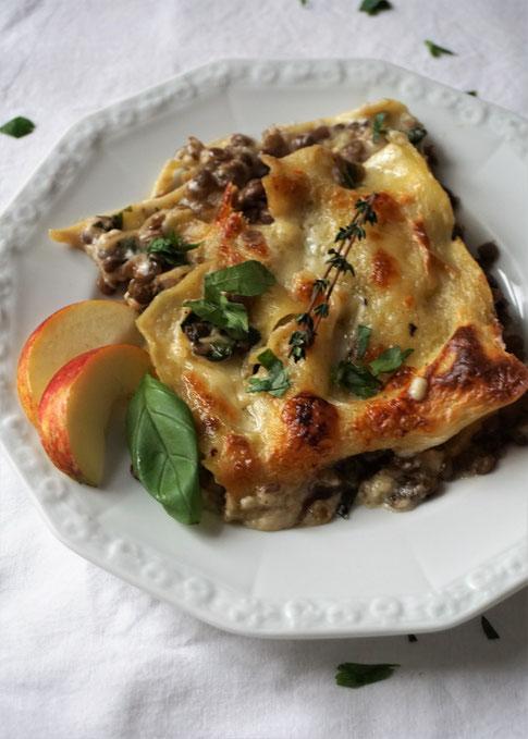 Lasagne mit Linsen und Apfel - verführerisch und knusprig