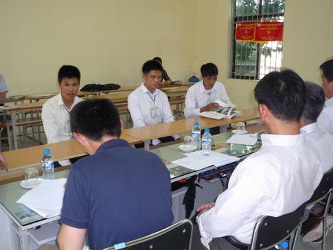 外国人技能実習生の面接風景