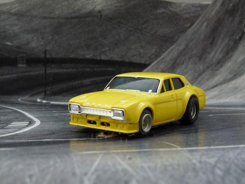 Faller AMS AURORA AFX Ford Escort gelb