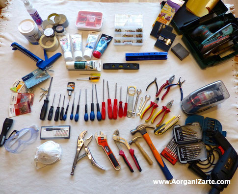 Recopila todas tus herramientas y despliégalas sobre el suelo - AorganiZarte