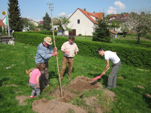 Der 2. Vorsitzende Markus Mannsbarth begleitete die Aktion (Fotos: P. Nissen)
