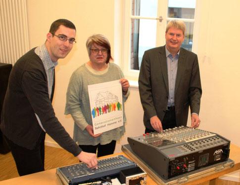 Freuen sich schon auf die Kulturzeit 2018 in Hümme: Dirk Altmann, Beate Carl und Peter Nissen (Foto: Generationenverein).