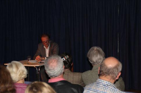 René Sydow zu Gast im Generationenhaus (Foto: P. Nissen)