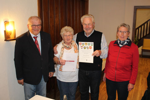 Dr. Walter Vogt - Sigrid Fischer - Peter Roth - Adelheid Dilling (Foto: D. Altmann)