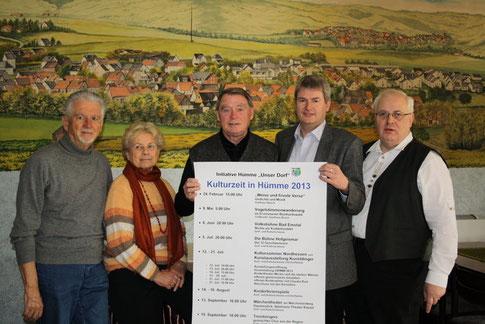 (v.l.) Ernst König, Edith Matthes, Klaus Matthes, Peter Nissen und Willi Busch haben auch in diesem Jahr (2013) ein buntes Programm auf die Beine gestellt.