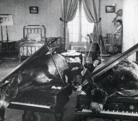 Андалузский пес - Сальвадор Дали и Луис Бунюэль